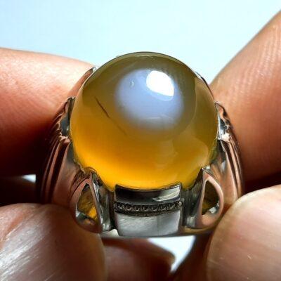 انگشتر عقیق زرد باباقوری a432.1