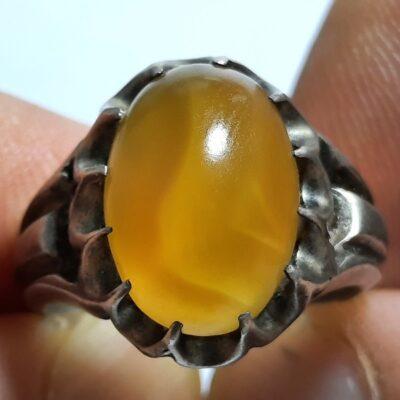 انگشتر عقیق زرد تراش قطعی یمن f464.2