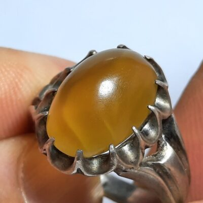 انگشتر عقیق زرد تراش قطعی یمن f464.3