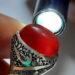عکس ریز انگشتر قدیمی عقیق سرخ تیره یمنی a453.4