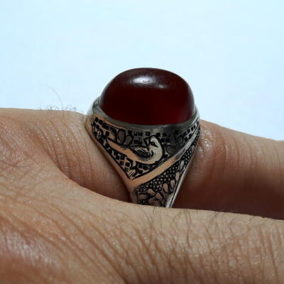 انگشتر قدیمی عقیق سرخ تیره یمنی a453.4