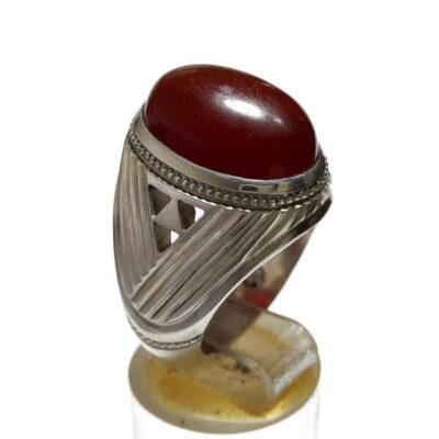 انگشتر مردانه جزع سرخ تیره یمانی f482