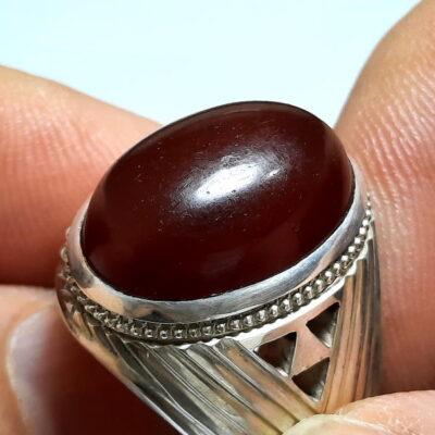 انگشتر مردانه جزع سرخ تیره یمانی f482.1