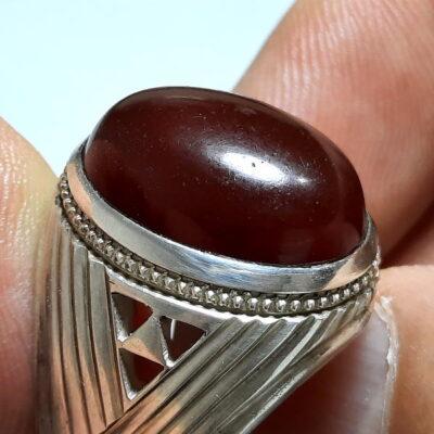 انگشتر مردانه جزع سرخ تیره یمانی f482.2