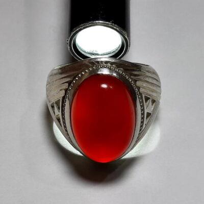 انگشتر مردانه جزع سرخ تیره یمانی f482.4