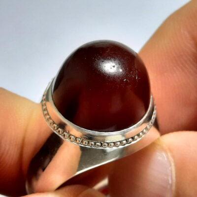 انگشتر مردانه جزع سرخ تیره یمانی f487.1