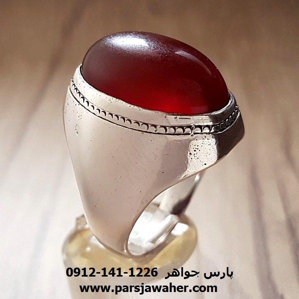 انگشتر عقیق سرخ تیره یمنی مردانه قدیمی f۱۸۷