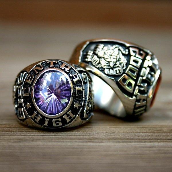 انگشتر سمبلیک class ring