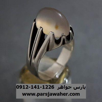 انگشتر عقیق نباتی یمنی تراش a256