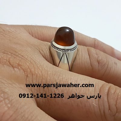 جزع یمنی اصل با تراش قبه ای a306