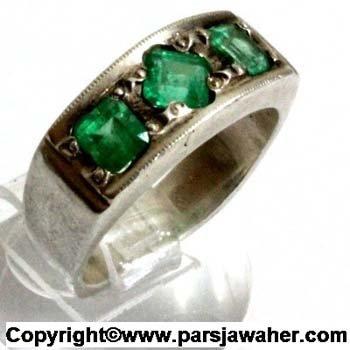 انگشتر زنانه زمرد 125