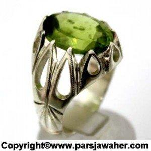 انگشتر نقره با سنگ زبرجد اصل