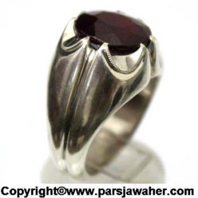 انگشتر یاقوت سرخ افریقایی 1044