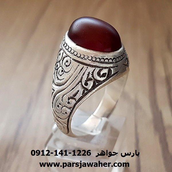 انگشتر مردانه قدیمی عقیق یمنی قلمزنی a155