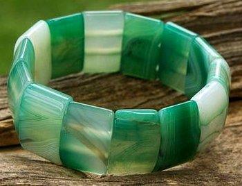 دستبند عقیق سبز برزیلی