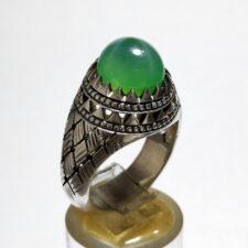 انگشتر یاقوت سبز استار 371