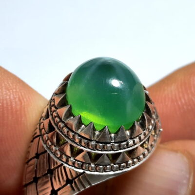 انگشتر یاقوت سبز استار 371.1