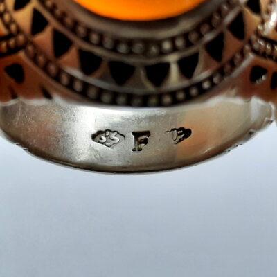 انگشتر فدیوم عقیق سه پوست a478.3