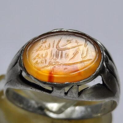 انگشتر قدیمی عقیق زرد خطی f511.3