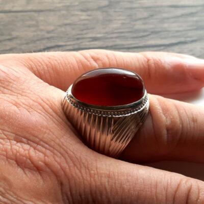 انگشتر جزع سرخ تیره یمانی f522_2
