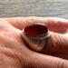 عکس ریز انگشتر جزع سرخ تیره یمانی f522_2