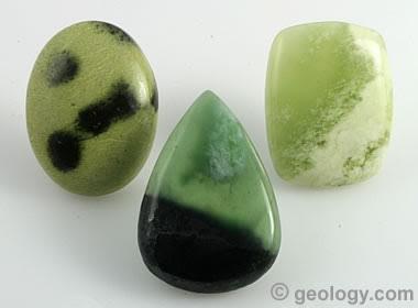 سنگهای تراش خورده سرپنتین
